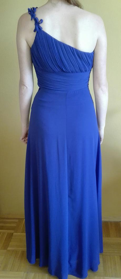 Tmavě modré šaty, 34