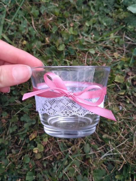 Výzdoba na stůl z růžovo-přírodní svatby,