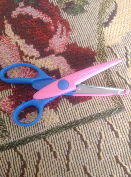 Ozdobné nožnice,