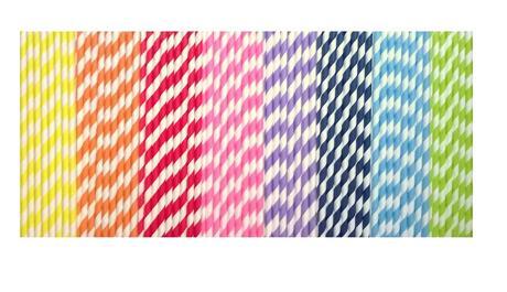 Slamky rôznych farieb,