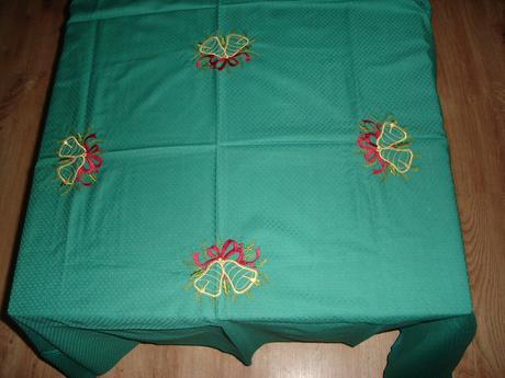 vianocny obrus na velky stol,