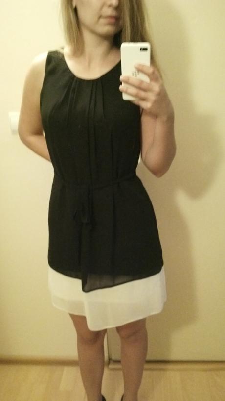 Cierno-biele šaty, 38