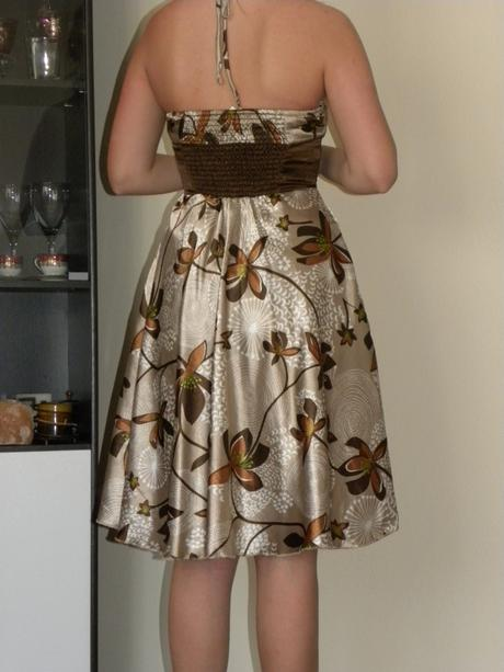 Elegantné šaty, 38