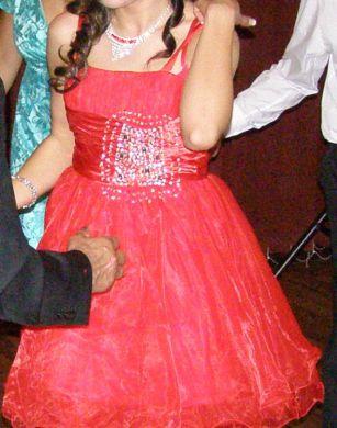 červené šaty na redový, 38