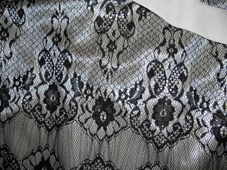 čipkové spoločenské šaty, 38