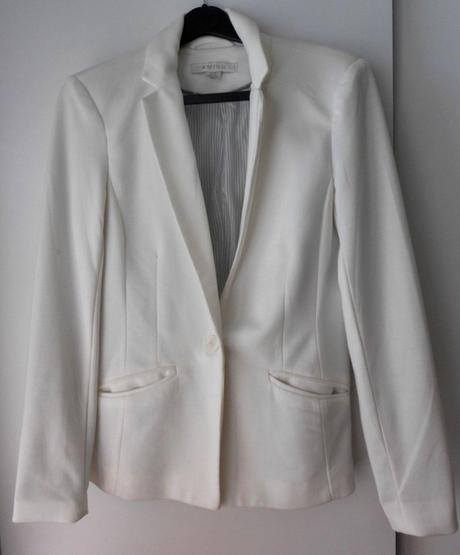Dámske biele sako zn.Amisu, 36