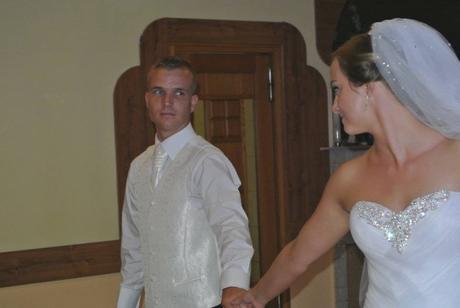 Svadobná vesta pre ženícha, 46