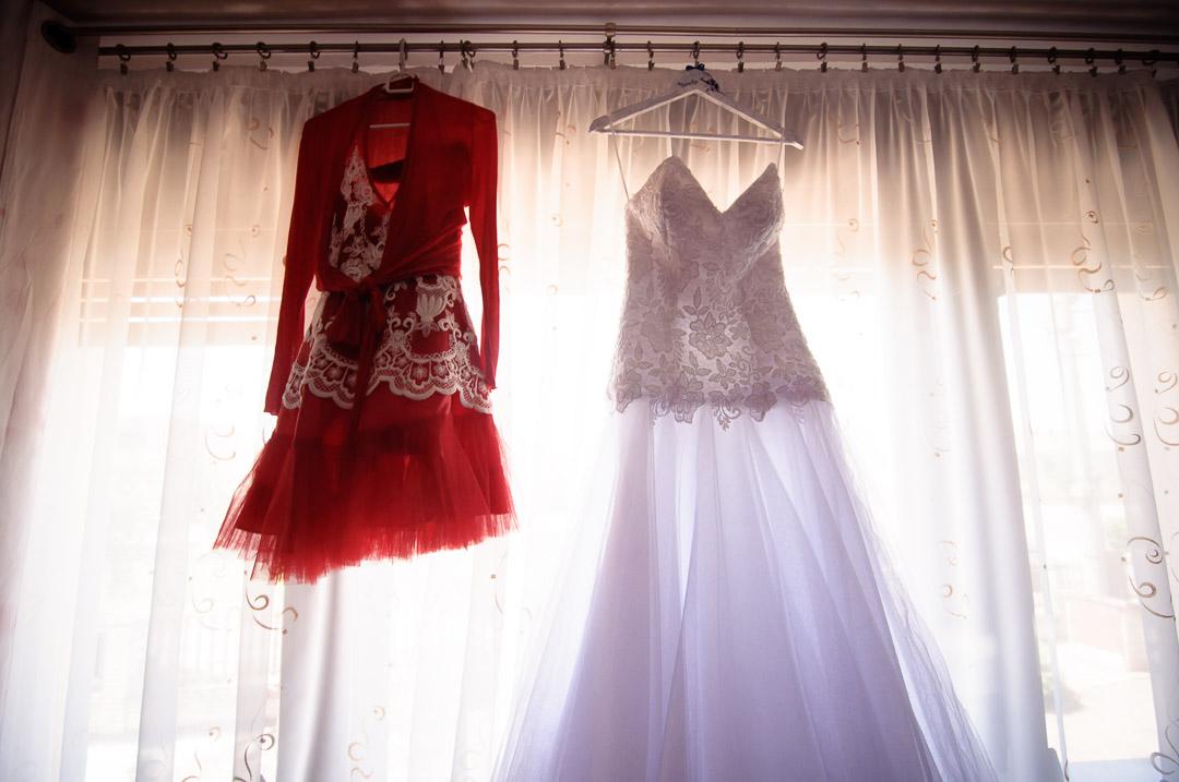 Popolnočné šaty pre nevesty 4f3133aaddf