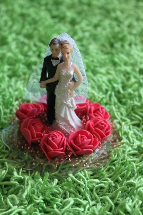 Figurky na dort DIY s růžičkami,
