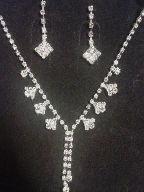 Set náhrdelník a náušnice krystaly Swarovski,