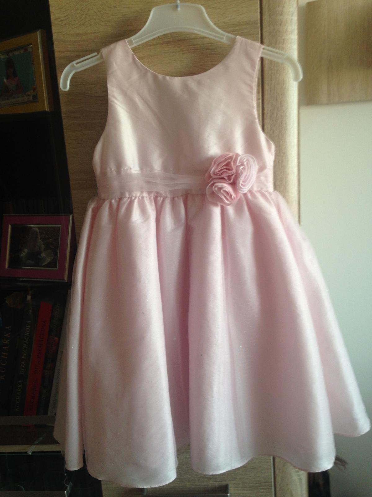 22fd6a21102 Dívčí růžové šaty
