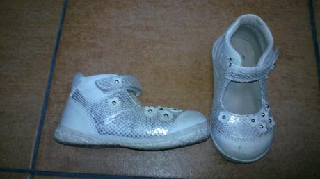 Sandálky v záruke, 23