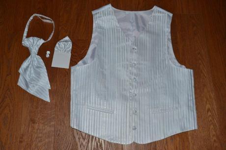 Pánska biela svadobná vesta, 52