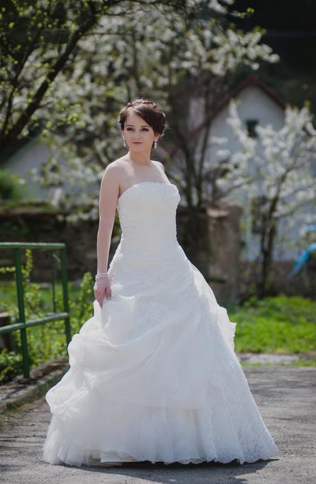 Asymetrické šaty La Sposa , 36