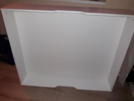 šuflík pod postel na koliečkach,