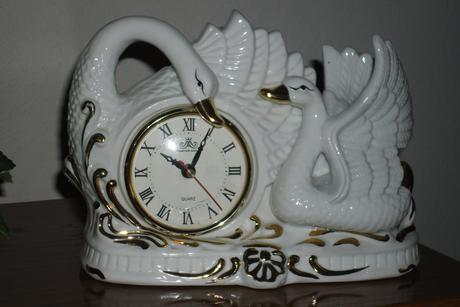 keramické hodiny,