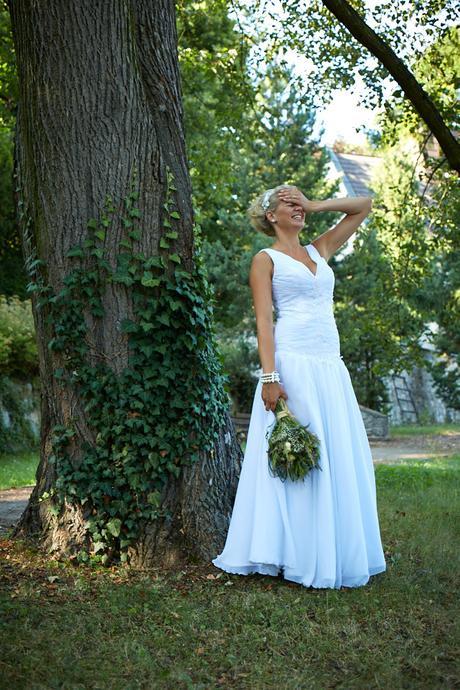 Jednoduché svatební šatičky, 38