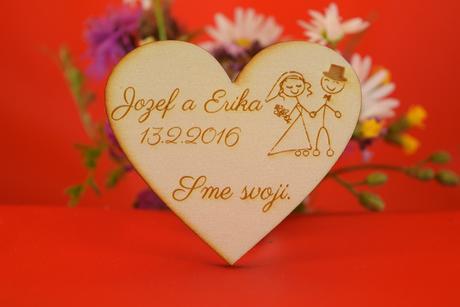 Drevená svadobná magnetka ako darček pre hosti 33,