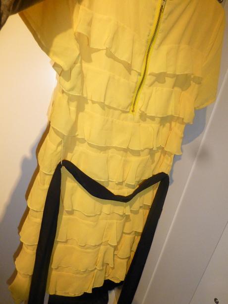 Žluté volánkové šaty H&M, 38