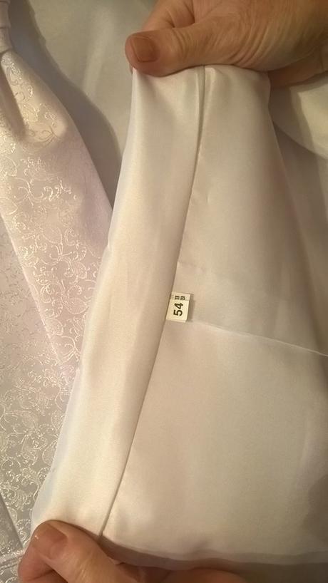 vesta a kravata, 54