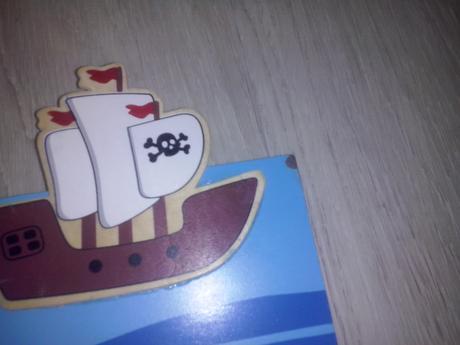 Pirátský věšák,