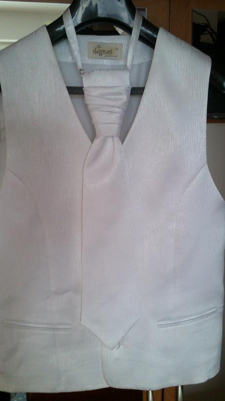 Pánska vesta so vzorom a kravatou, zn. Jamel , 46