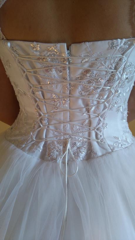 Nepoužité Svadobné šaty 38, 40