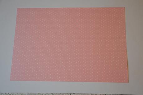 Karton (papír) A4 puntík růžový,