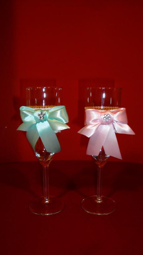 Skleničky pro novomanžele s ozdobou,