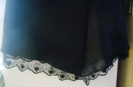 suknička vhodná ku korzetu, 34