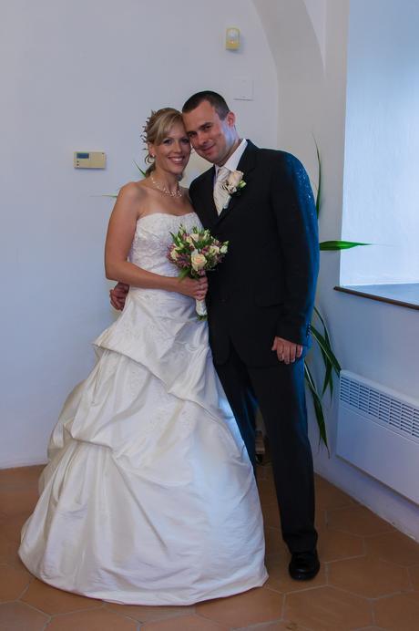 Svatební šaty zn. ST. PATRICK, 40