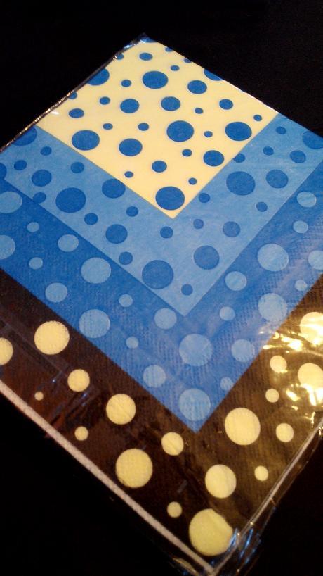 Ubrousky puntík smetanovo-modré,