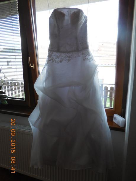 Svatební šaty velikost 36-38 , 38