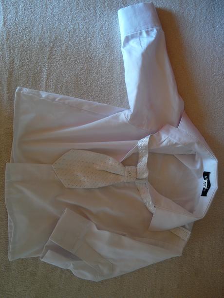 Oblek,