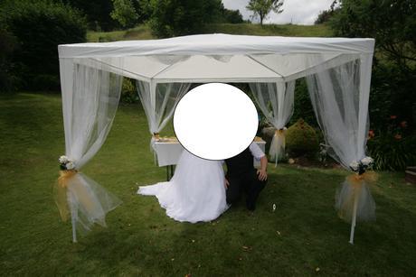 svatební altán + tylová výzdoba i s organzou,