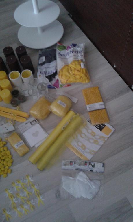 nafukovací žluté balonky,