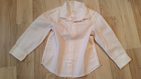 Bílá košilka, 98