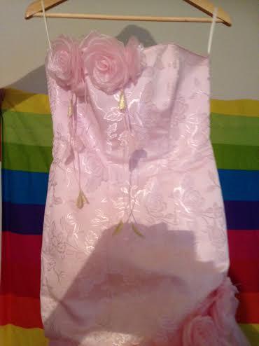 Romantické šaty, 38