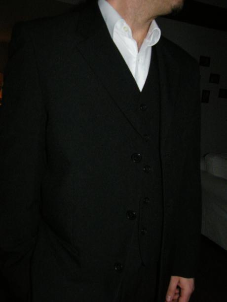 Svadobný elegantný oblek , 48