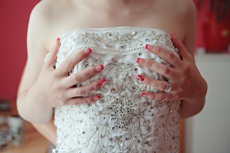 Bohaté svatební šaty pro nevěstu, 38