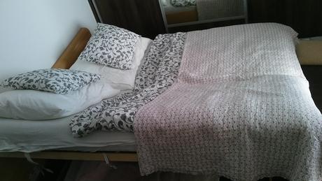 manželská posteľ vratane rostov  180x200,