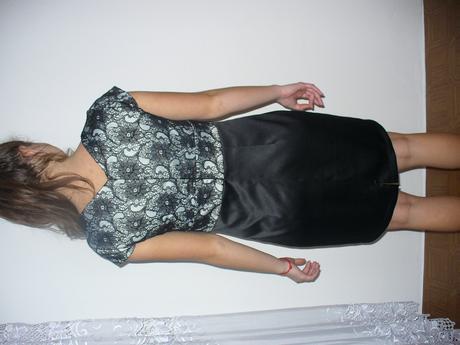 čierne šaty s čipkou, 42