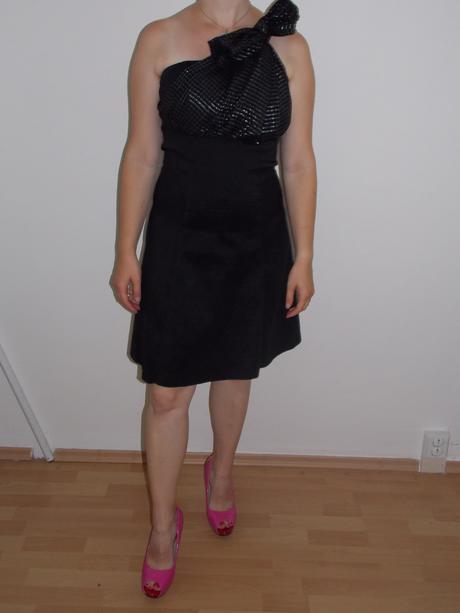 Šaty s mašlí, 38
