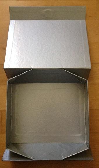 2 ks darčekové krabičky,