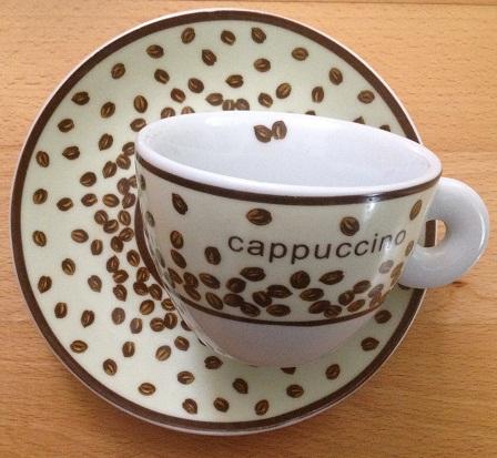 6 ks šálok cappuccino,
