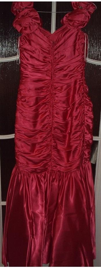 Dámske spoločenské šaty, 40