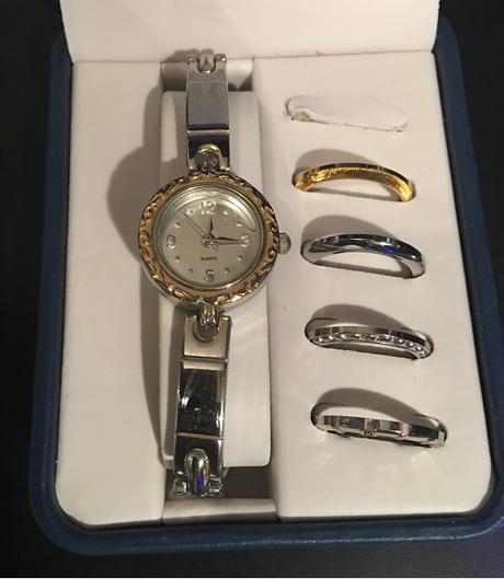 Strieborne hodinky,