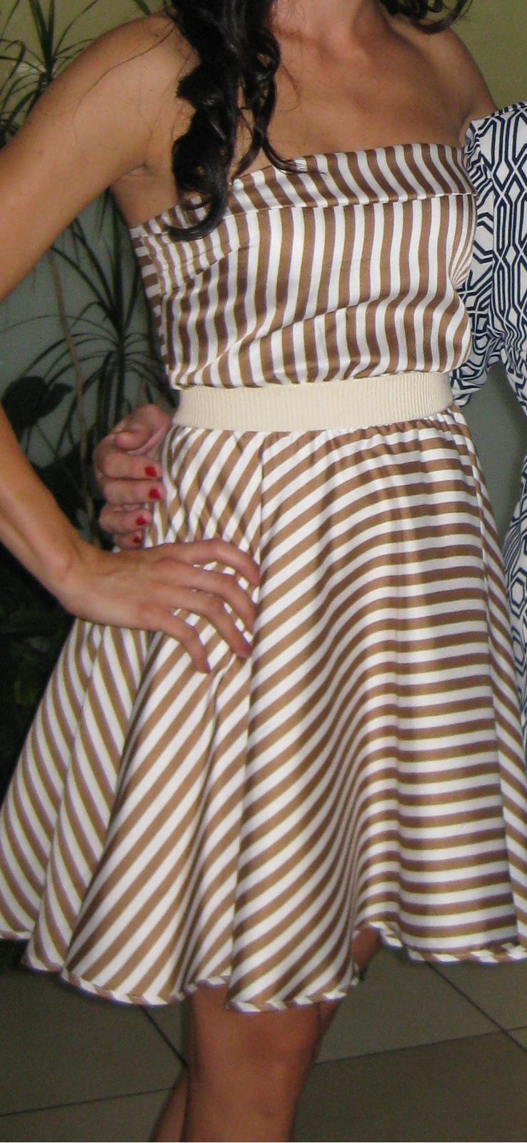 Spoločenské saténové šaty efe8fa59ad5