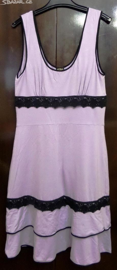 Pohodlné bavlněné šaty, 38
