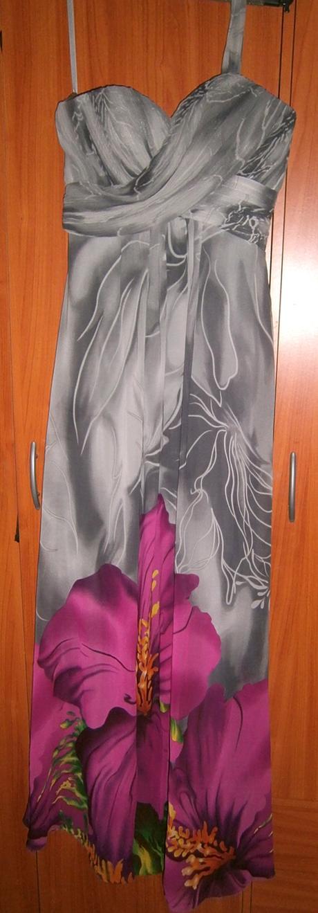 Dlhé spoločenské šaty s kvetom, 36